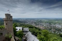 Bensheim mit Schloss Auerbach als Panorama