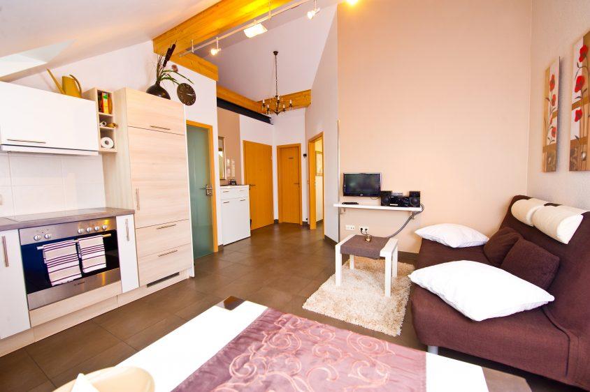 Premium-Suite mit Wohnraum + 1 separaten Schlafraum + Wellnessbad