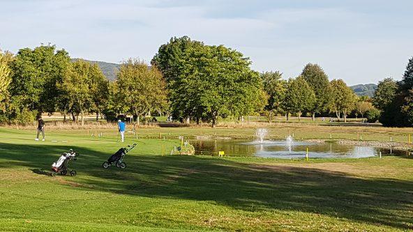 Nur 500 Meter entfernt - der Golfplatz Bensheim